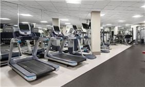 The Hilton Chicago Oak Brook Hills Resort fitness center