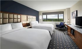 Oak Brook Hills Resort double queen room