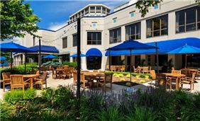 Tin Cup Bar & Grille Outdoor Patio
