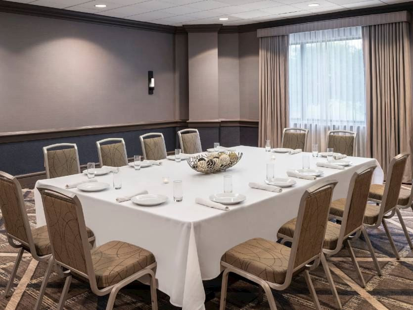 Meeting Services at Oak brook hills resort Chicago